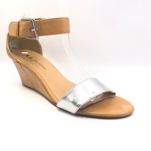 Chinese Laundry wedge sandal w/ankle strap sz 8